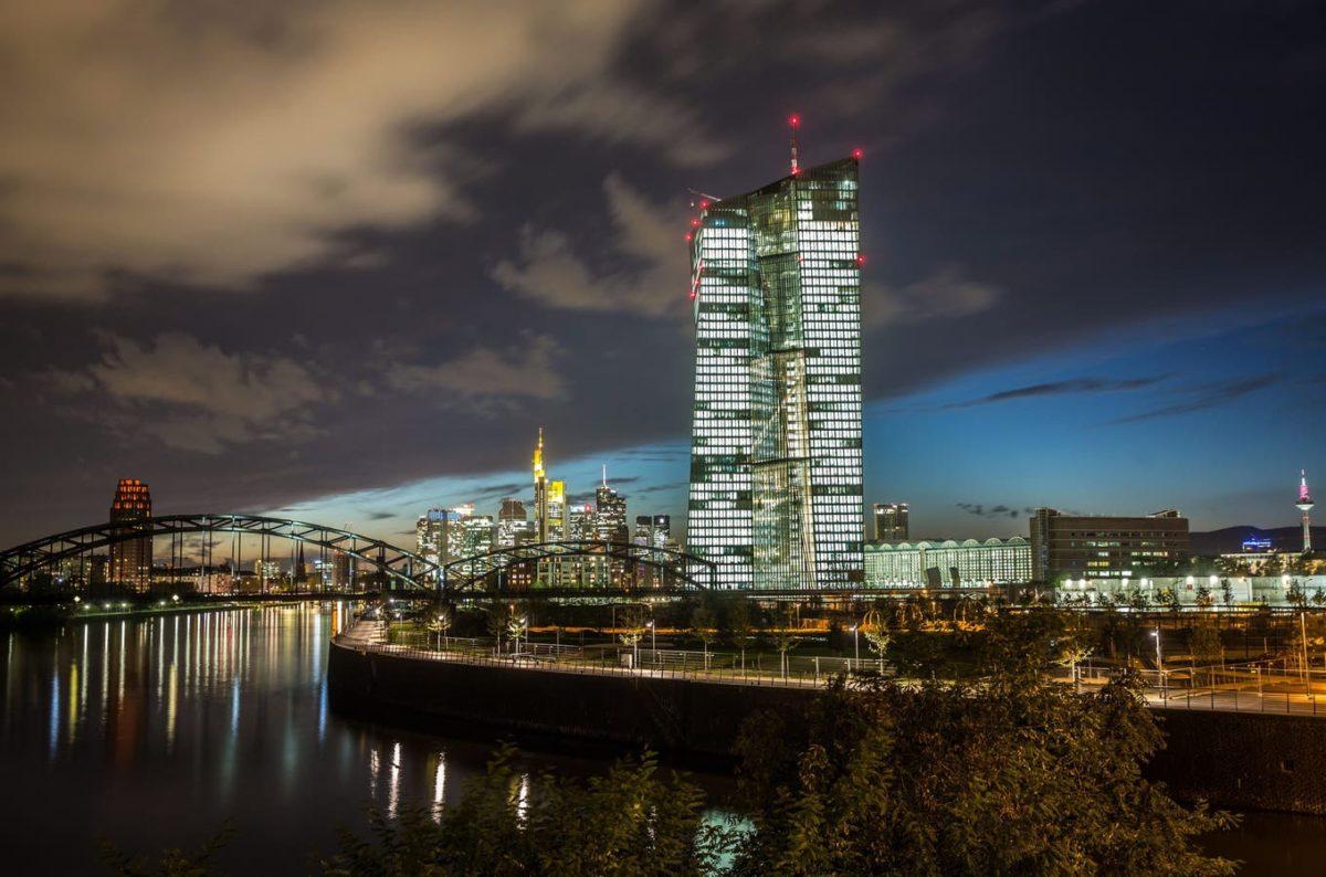 Das Coronavirus erhöht den Druck auf die SNB und die EZB. Doch was können die Notenbanken überhaupt noch tun?