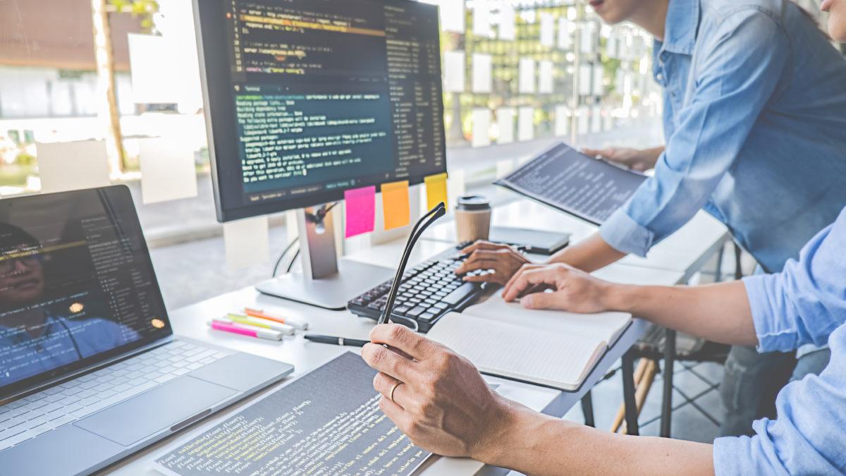 Webagentur oder Gratisanbieter: Die richtige Lösung für die Erstellung einer Website