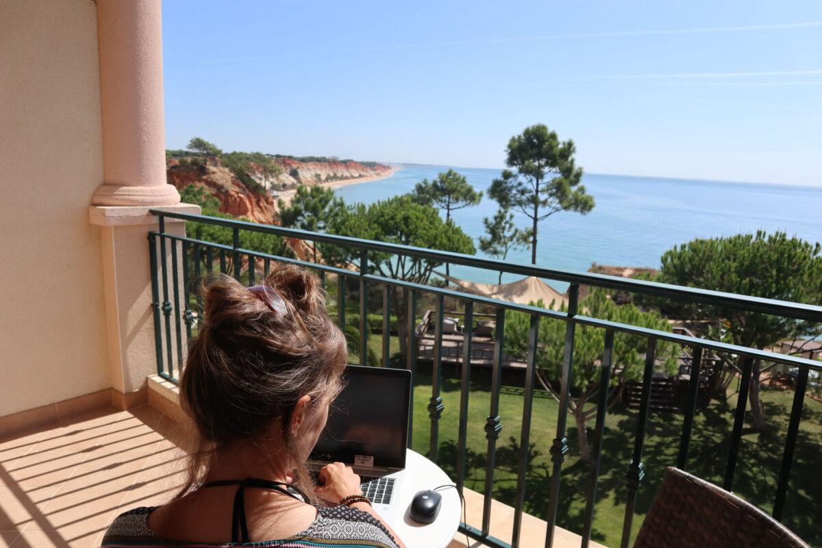 Arbeitsplatz Algarven-Küste