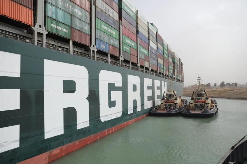 Suezkanals-Blockade verschärft Probleme bei den weltweiten Lieferketten