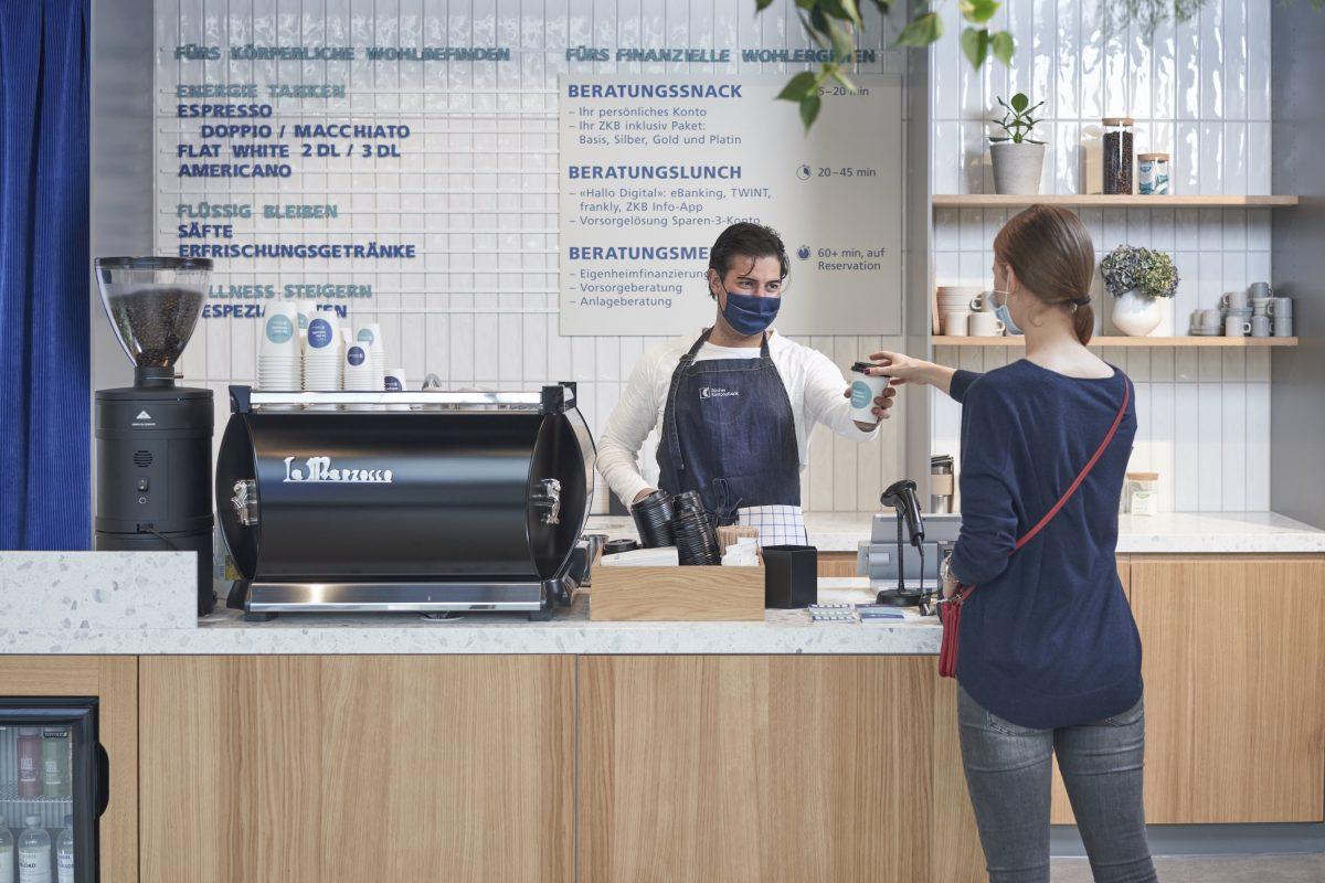 Coffee-to-go vom Bankkundenberater