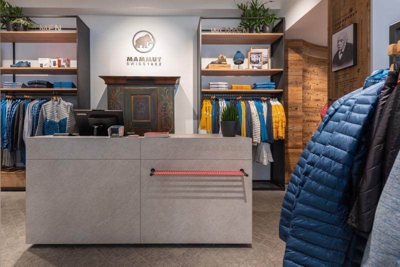 Eine Jacobs-Firma übernimmt die Outdoor-Sport-Marke Mammut