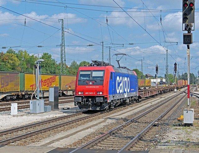 Güter sollen in der Schweiz auch unterirdisch transportiert werden