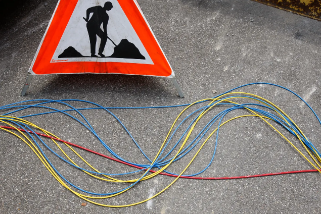 Gericht stoppt den Glasfaserausbau der Swisscom